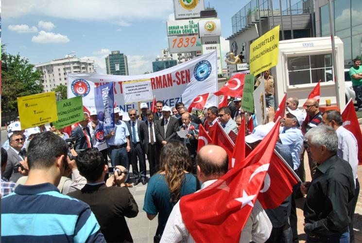 TÜRK TARIM ORMAN-SEN,OGM'DEKİ HUKUKSUZ ROTASYON UYGULAMASINI PROTESTO ETTİ