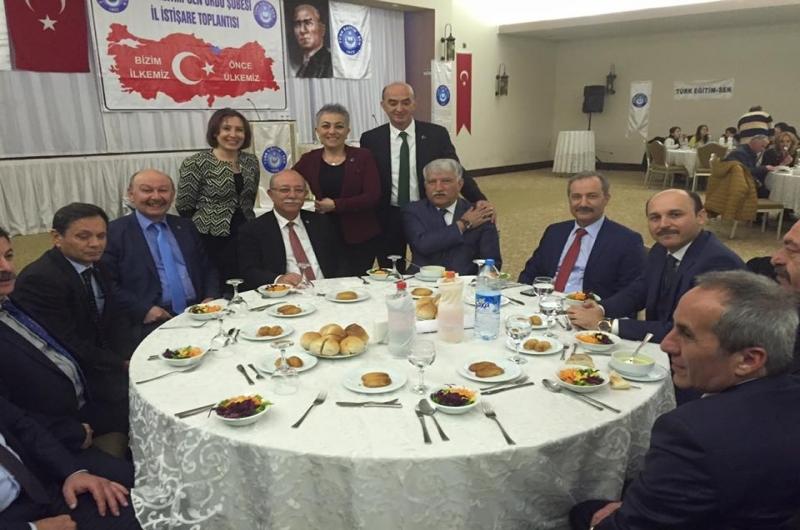 KONCUK: BİRİLERİ İRADENİZE GEM VURURSA SADECE SİZE ÇİZİLEN ROLÜ OYNAMAK ZORUNDA KALIRSINIZ