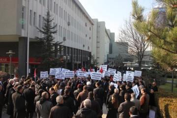 EK ÖDEME ADALETSİZLİĞİNİ PROTESTO ETTİK