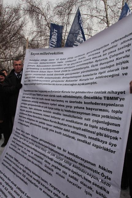 TBMM ÖNÜNDE YASAYI PROTESTO ETTİK.