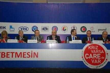 """1 MAYIS """"ÇALIŞMA BAYRAMI"""" ADI ALTINDA TATİL EDİLMELİDİR"""