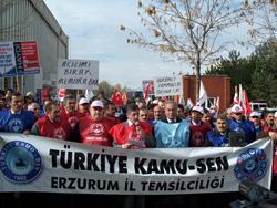 TÜRKİYE'DE HAYAT DURDU.