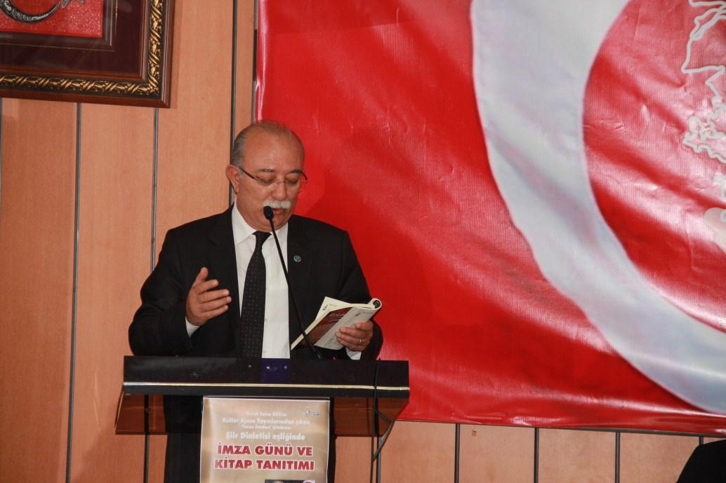 """""""TURAN SEVDASI"""" SANATSEVERLERLE TÜRKİYE KAMU-SEN ÇATISINDA BULUŞTU."""